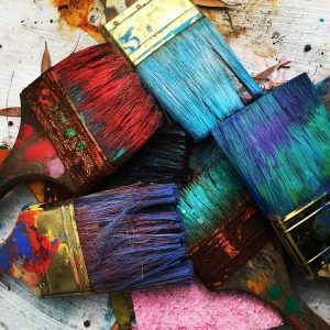 How to store and dispose of paint safely